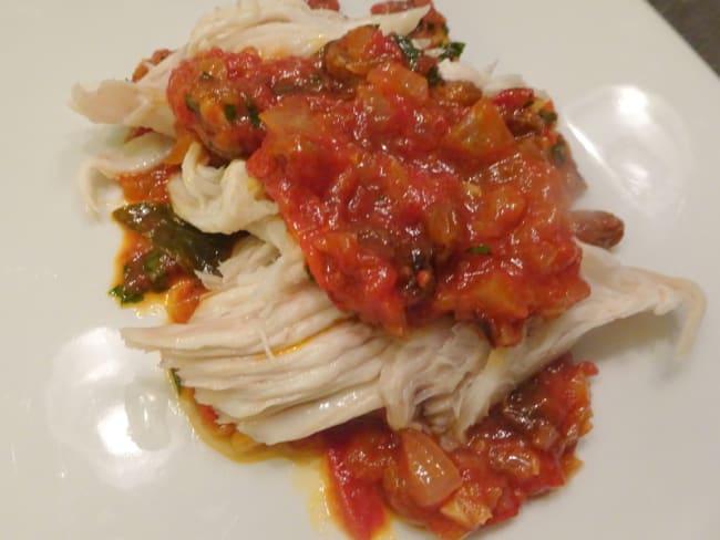 Aile de raie en sauce tomate à la sarde