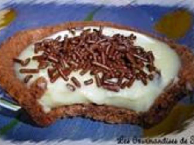 Sablés au Cacao Transformés en Tartelettes au Chocolat Blanc