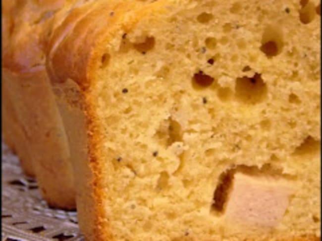 Cake poulet, moutarde et graines de pavot