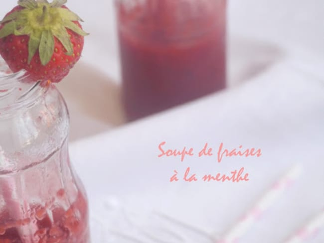 Soupe de fraises à la menthe