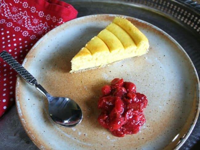 Tarte au fromage blanc sur pâte sablée aux noisettes, compotée de cerises griottes à la cannelle