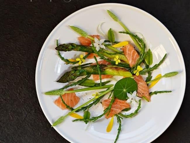 Asperges, saumon, salicornes, infusion citronnelle gingembre