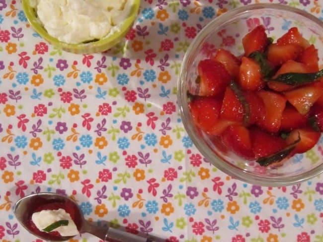 Salade de fraises à la menthe