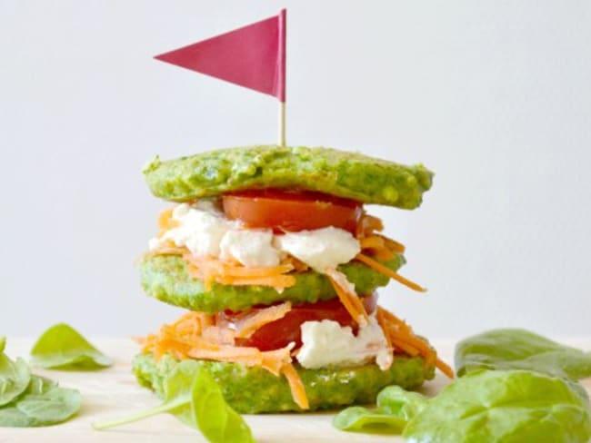 Burger végétarien, épinards, ricotta et crudités