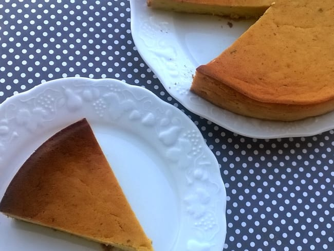 Gâteau aux courgettes et à la menthe