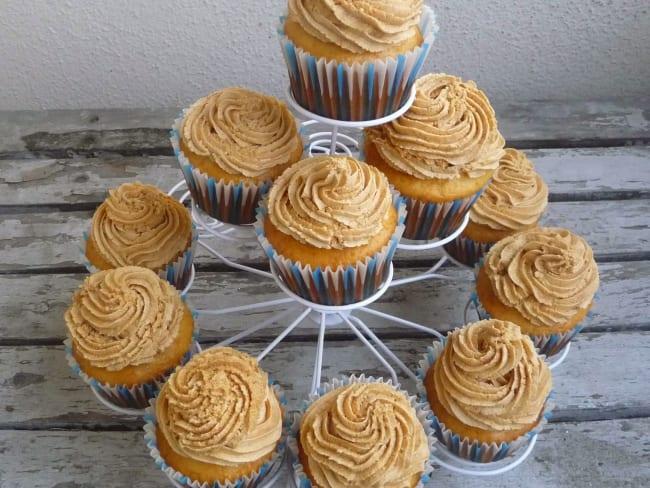 Cupcakes vanille et ganache chocolat blond dulcey