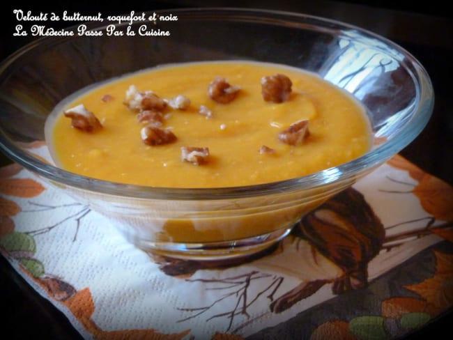 Velouté de butternut, roquefort et noix