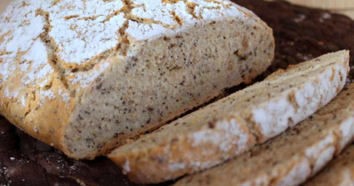 pain au sarrasin aux graines cuit en cocotte recette par maryse cocotte. Black Bedroom Furniture Sets. Home Design Ideas