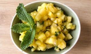 Tartare d'ananas gingembre menthe
