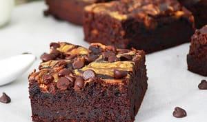 Brownies aux Haricots Noirs et Beurre d'Arachide
