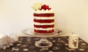 Red velvet naked cake aux framboises