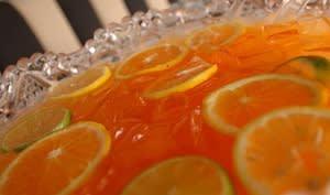 Punch au gin à la grenade et à l'orange