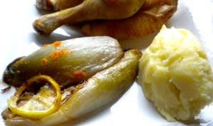 Coquelet au lait et au citron, endives à l'orange et purée de pommes de terre
