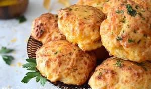 Biscuits apéritif au cheddar