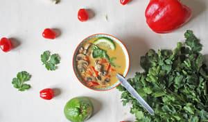 Soupe thaï lait de coco et citronnelle aux légumes