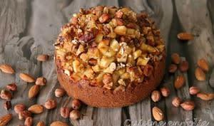 Gâteau automnal aux pommes, noisettes et farine de châtaigne