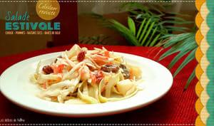 Salade coleslaw revisitée aux pommes, yaourt et raisins secs