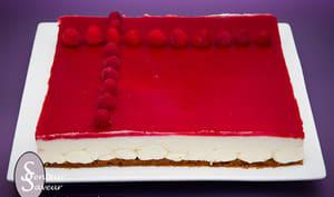 Cheesecake sans cuisson au cream cheese et gelée de framboise