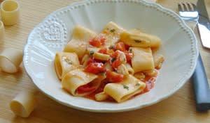 Pâtes à l'espadon et aux tomates cerises
