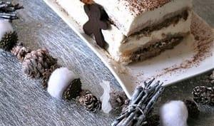 Bûche pain d'épices, poires, mousse mascarpone