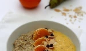 Smoothie porridge bowl, poire et clémentine
