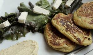 Saint Félicien en galettes, houmous et cumin et curry
