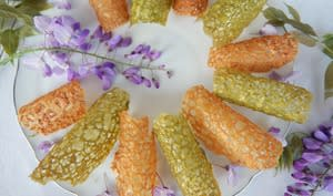 Tuiles dentelles au thé matcha et à l'orange