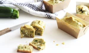 Mini cakes aux courgettes, pesto et chèvre