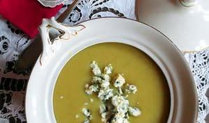 Soupe céleri, panais et roquefort