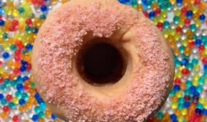Donuts tout roses au four