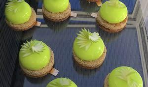 Petits gâteaus pomme verte caramel noisette