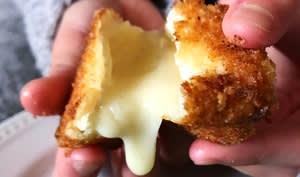 Camembert pané au paprika