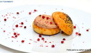 Petits pains au safran fourrés foie gras