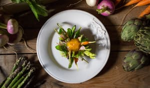 Œuf parfait aux légumes primeurs