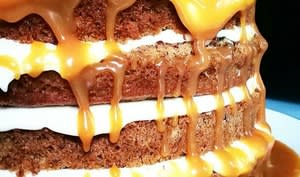 Banana layer cake au caramel au beurre salé