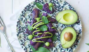Gnocchi à la patate douce violette et sauce à l'avocat