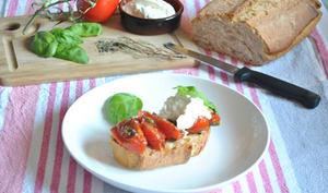 Tartines de tomates burrata
