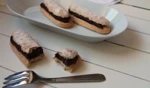 Biscuits cuillers façon éclairs au chocolat