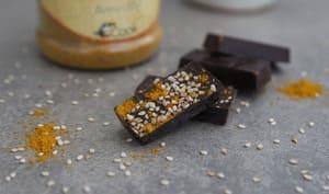 Chocolats curry-sésame