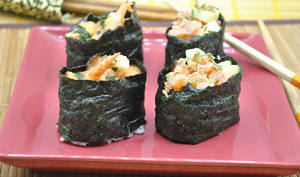 Gunkan aux crevettes et saumon fumé