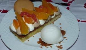 Dessert à l'assiette praliné et agrumes