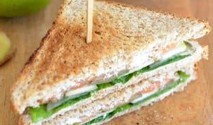 Club sandwich au saumon fumé et pomme verte