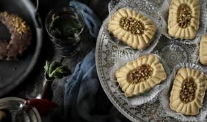 Gateau Eid tunisien à la farine de pois chiche