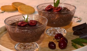 Mousse au chocolat aux cerises