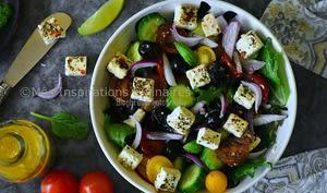 Salade de tomate concombre et chèvre