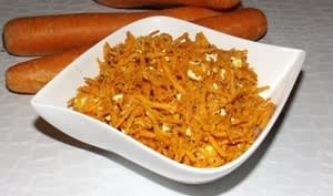 Salade de carottes râpées, feta et basilic