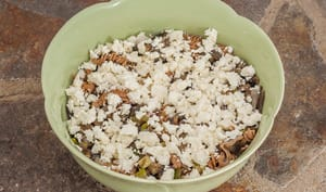 Salade de pâtes aux légumes d'été et à la fêta
