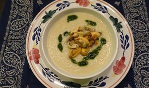 Soupe au céleri rave, moutarde et moules