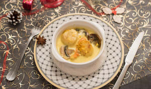 Cassolette de noix de Saint Jacques, curry et lait de coco