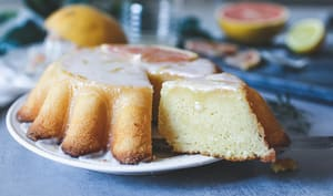 Gâteau moelleux au pamplemousse